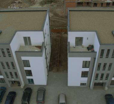 Acoperis tip terasa cu hidroizolatie EPDM Firestone RubberGard 1,1mm, sistem cu balast, Sibiu apartamente